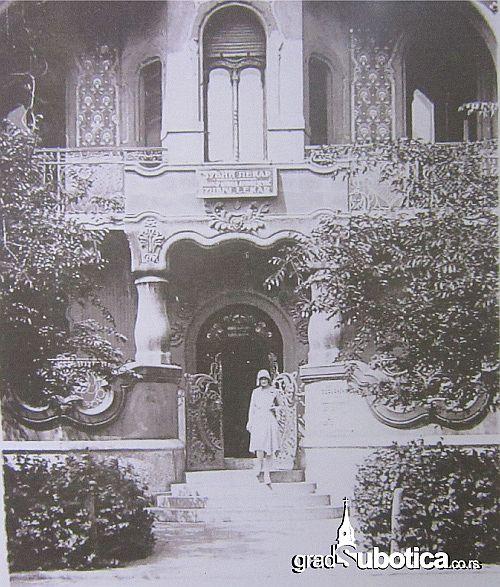 rajhl palota