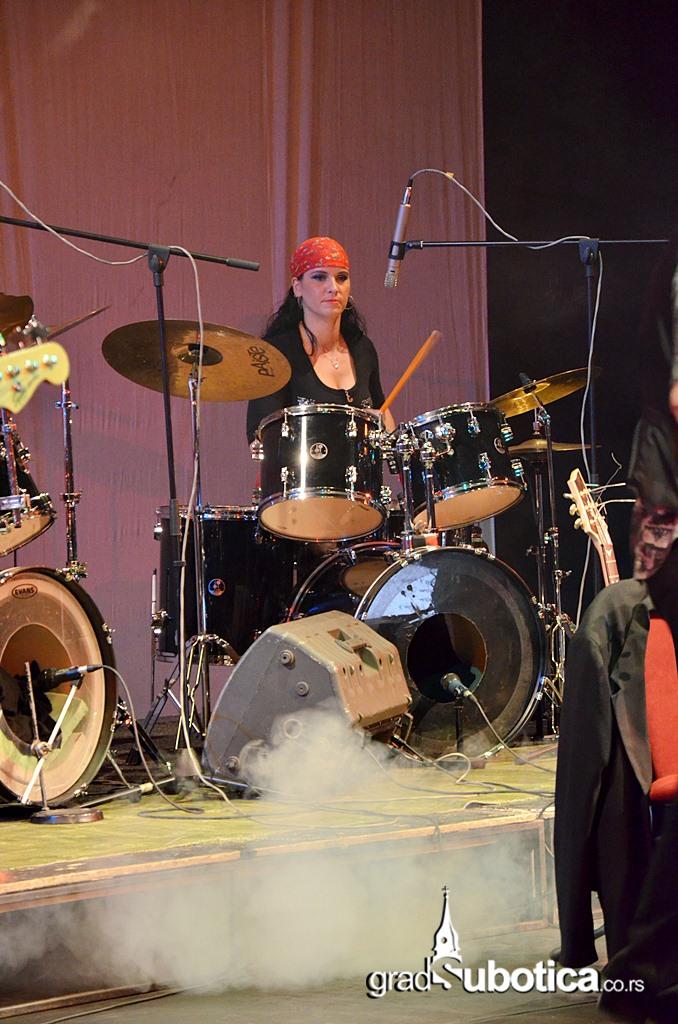 Scena Jadran - Jimi Hedrix tribute band (31)