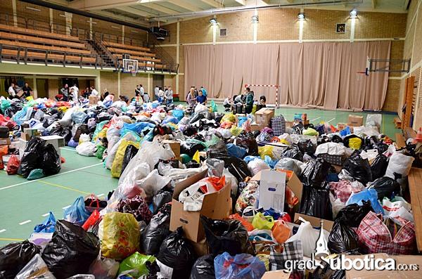Tehnicka skola humanitarna pomoc poplave (1)