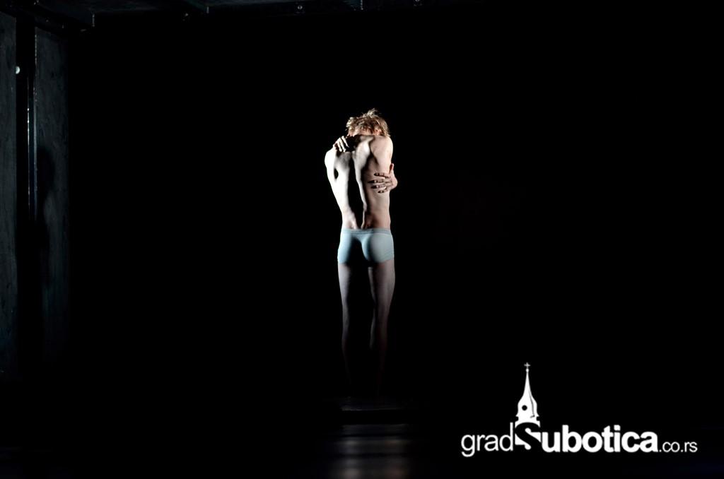 Desire 2014 - Akrobate - Roberto Zuko (20)