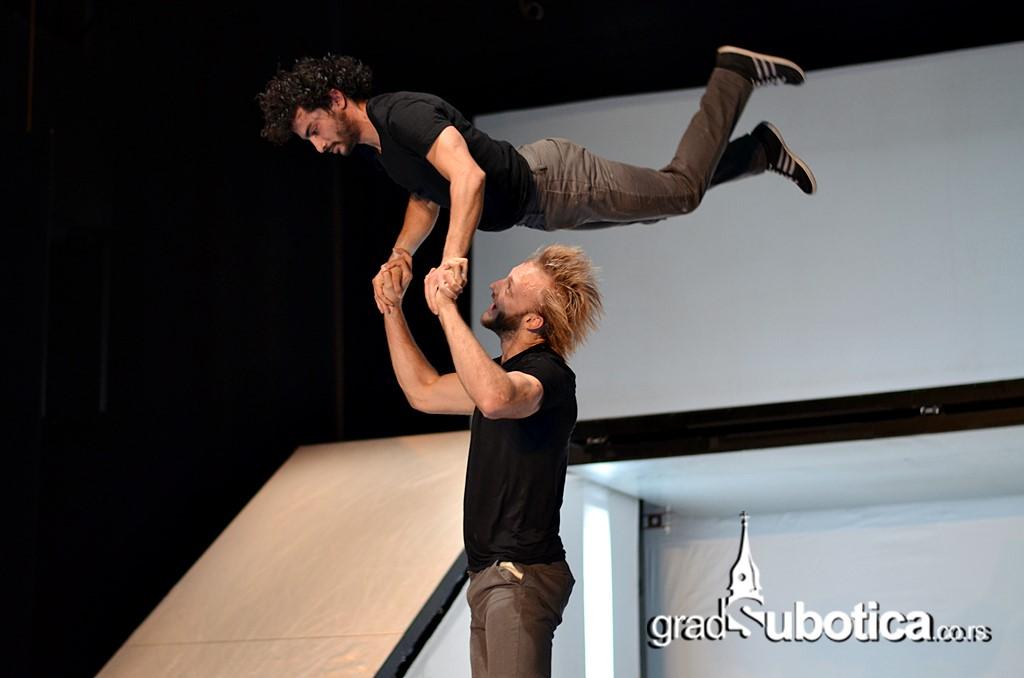 Desire 2014 - Akrobate - Roberto Zuko (40)