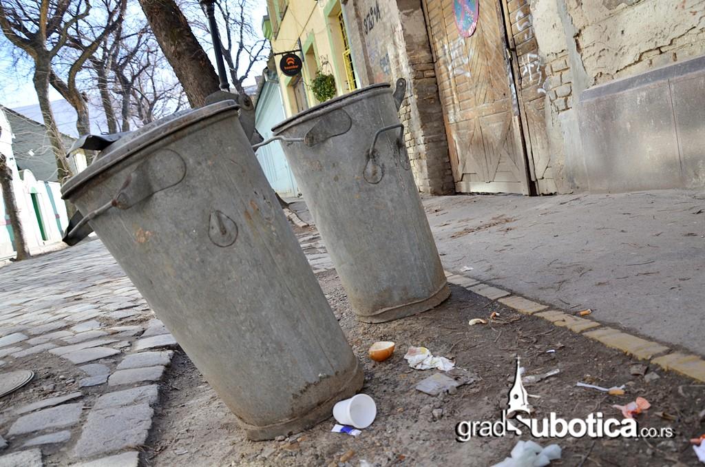 Cistoca kontejneri kante smece Subotica