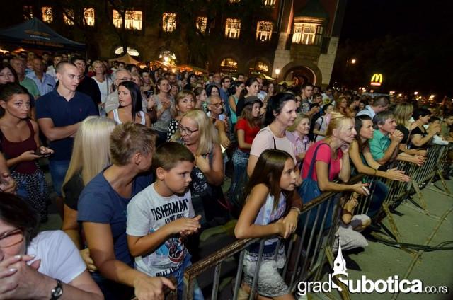 Trg slobode dan grada 2015 suboticka filharmonija (4)
