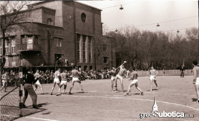 mali-stadion-1